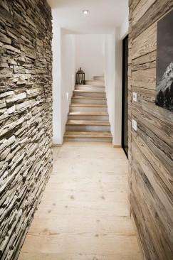 Treppe Gang Interior Design modern Innenarchitektur Einfamilienhaus